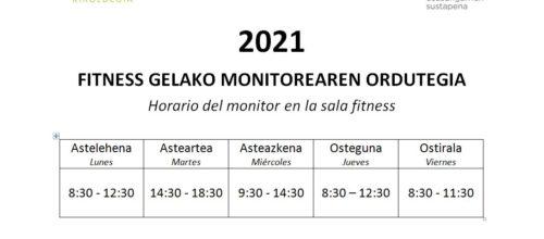 Horario del monitor en la sala fitness